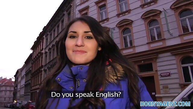 الفتاة الساحرة الساحرة في سن مقاطع فيديو سكس اجنبية مترجمة للعربية المراهقة ممرضة في جانب من سباق الطريق
